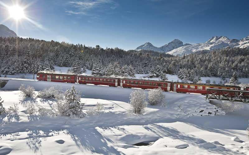 Die märchenhafte Winterwelt der Alpen entdecken