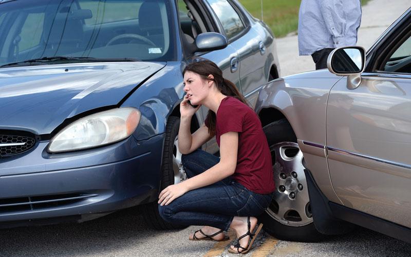 Nach einem Unfall richtig reagieren